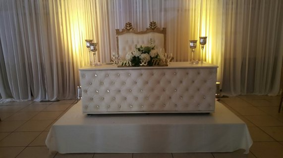 WHITE LEATHER TUFTED HEAD TABLE