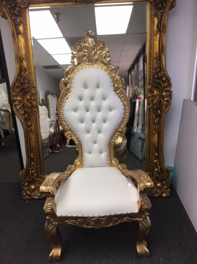 Large Princess Queen Chair gold and White